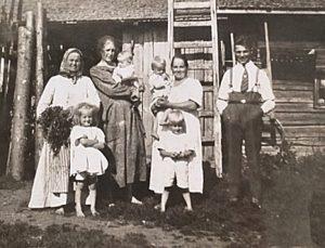 Siivonen-Lindqvist Family